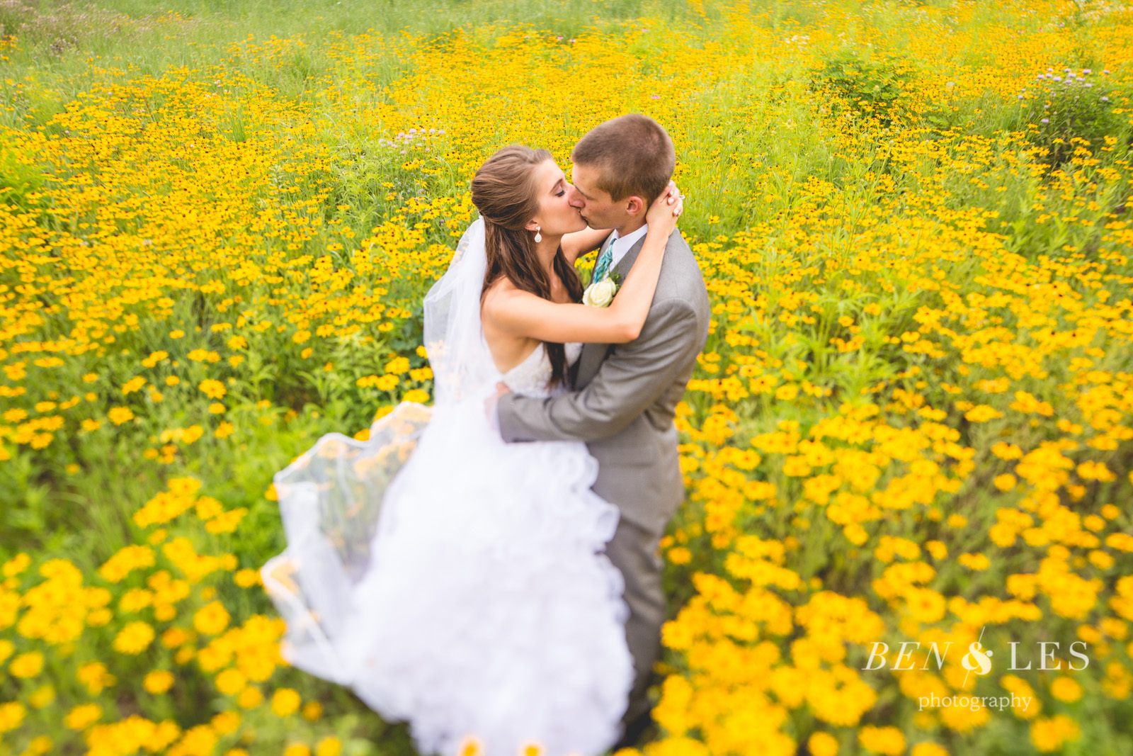 bright-field-wedding-pictures-27